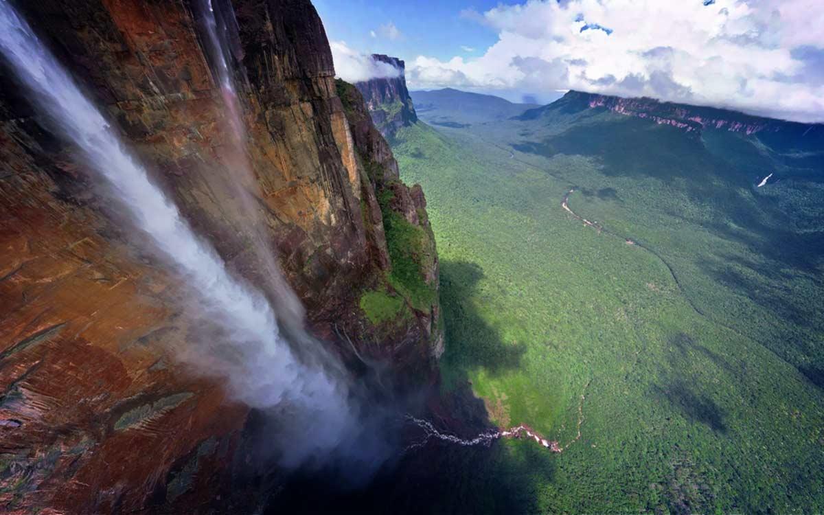 Самый большой водопад в мире: ТОП 8 самых невероятных