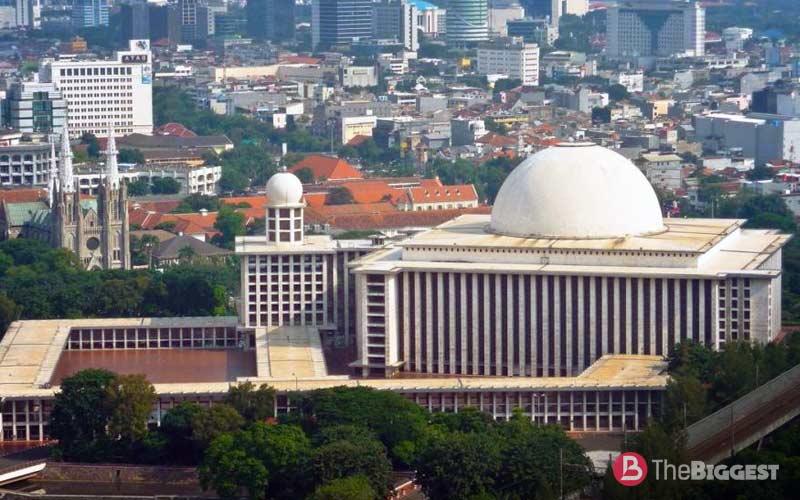 Мечеть независимости Джакарта