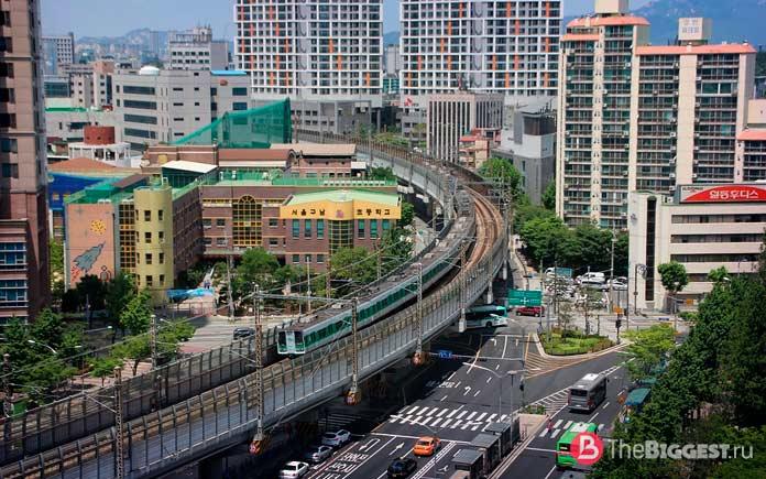 Сеульский - один из самых больших метрополитенов в мире