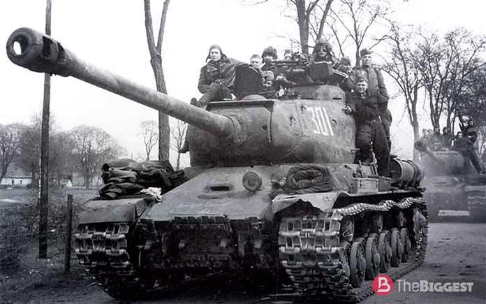 Самые большие танки: ИС-2