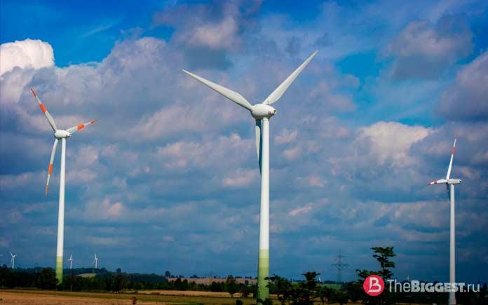 Самые большие двигатели: Ветряной ротор Siemens SWT-6.0-154. CC0