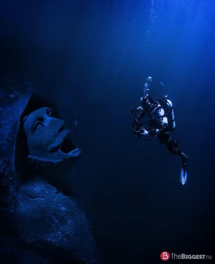 Самое глубокое место планеты: CC0