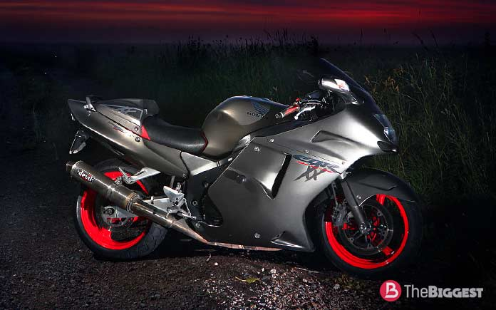 Самые мощные мотоциклы в мире: Honda CBR