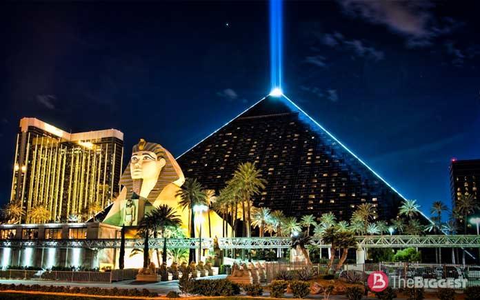 Гостиница-пирамида Луксор