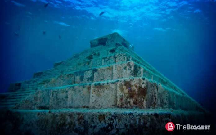 Подводная пирамида Йонагуни
