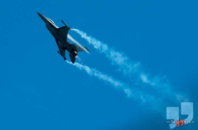 Lockheed Martin F-16. CC0
