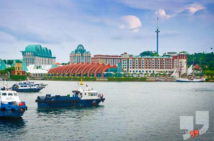 Самые дорогие здания: Resorts World Sentosa. CC0