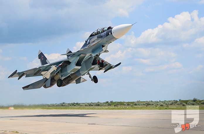 лучшие военные самолёты: Су-30. CC0