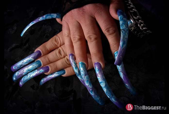 Очень длинные ногти