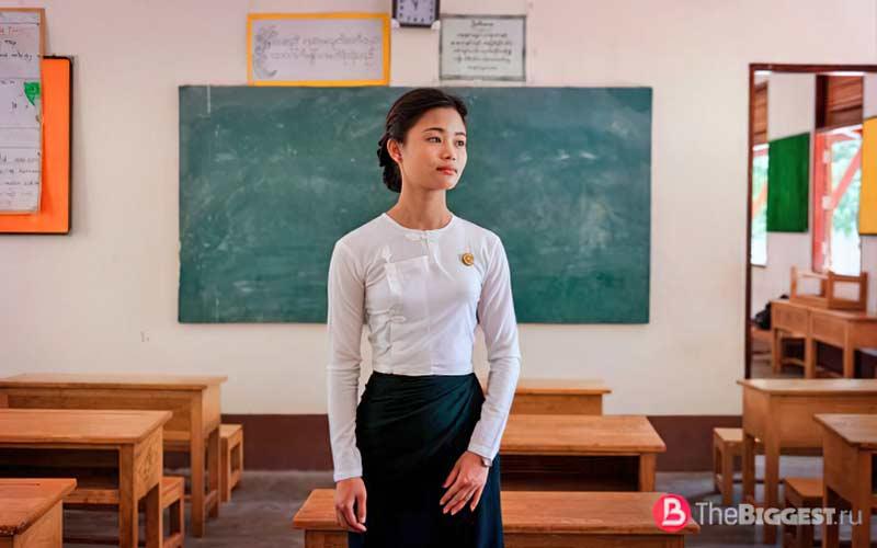 Учительница в Мьянме