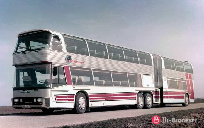 Neoplan Jumbocruiser