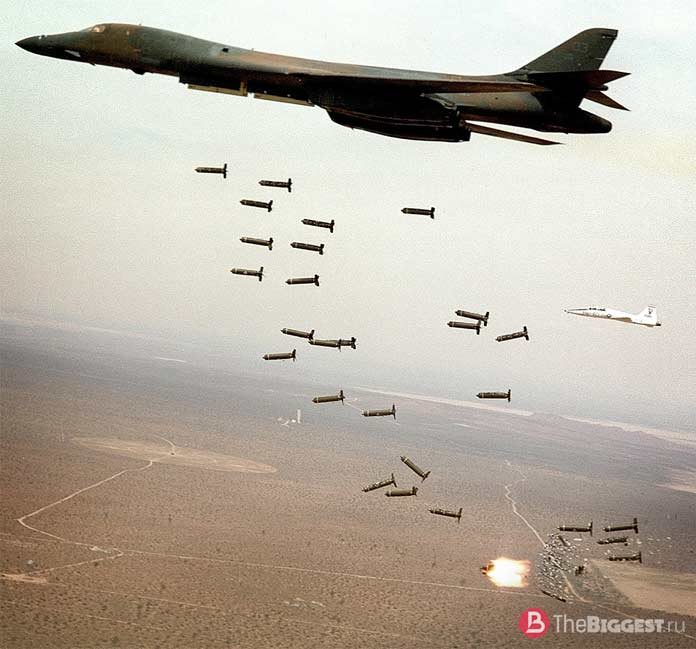 Кассетные бомбы