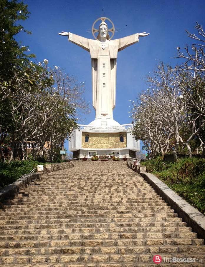 Статуя Христа в Вунгтау