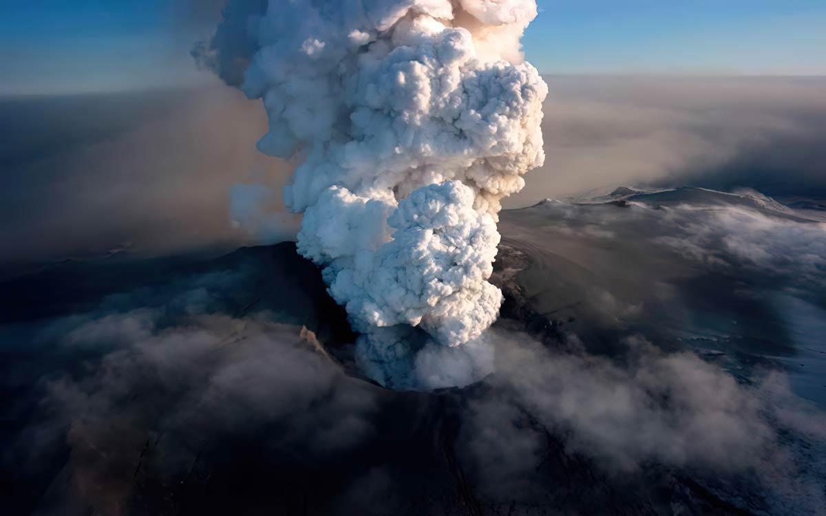 Фото извержений вулканов