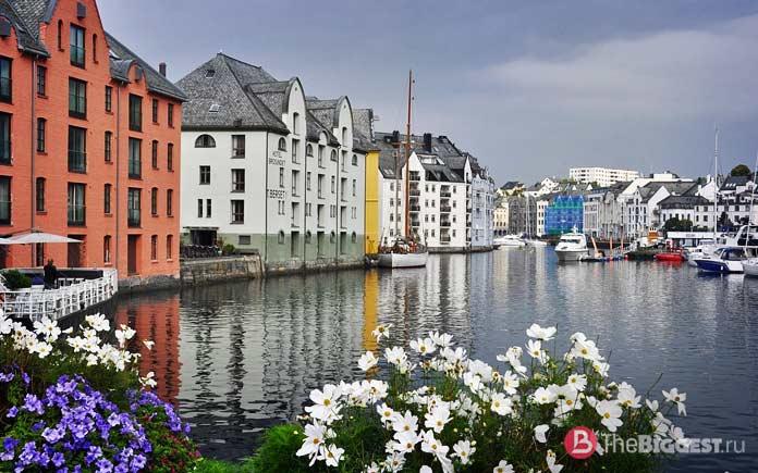 Берген - один из самых популярных городов Скандинавии