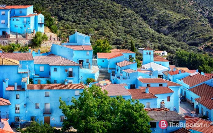 Хускар, Испания - красочное место Европы