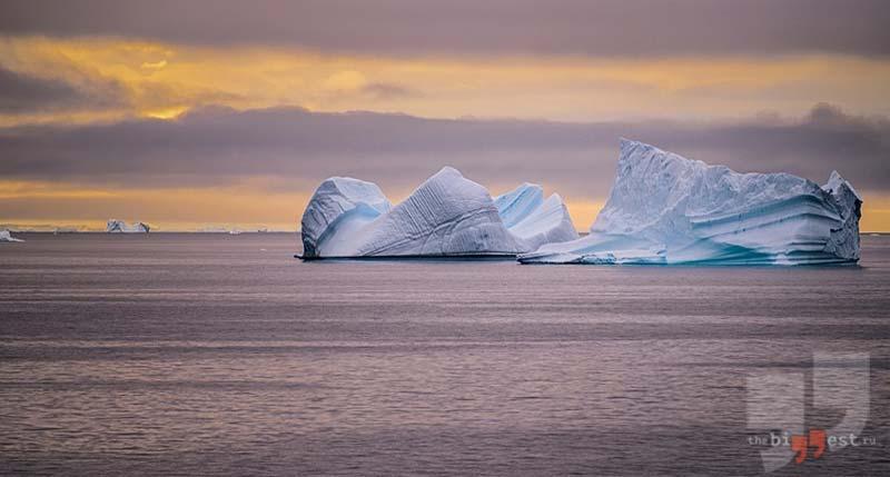 Огромный айсберг. CC0