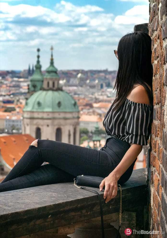 Прага - один из городов с удивительно красивыми женщинами. CC0