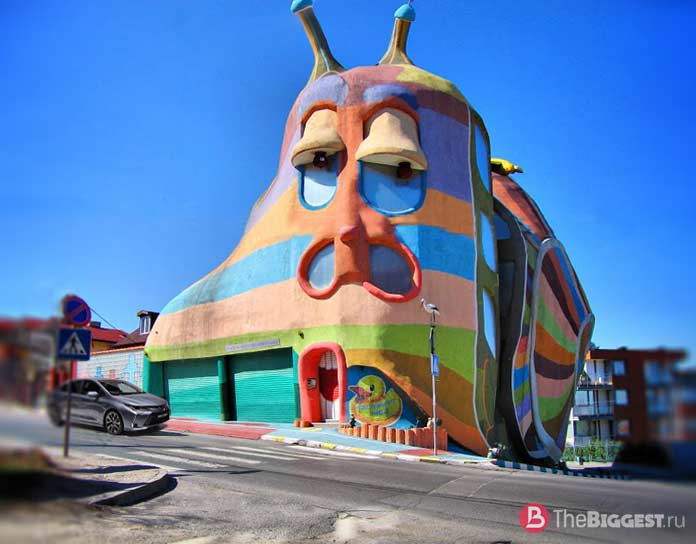 Домик улитки - одна из самых чудаковатых придорожных достопримечательностей Европы
