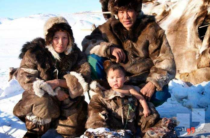 Семья эскимосов