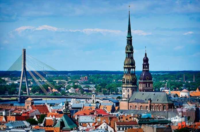 Чистая водопроводная вода есть в Латвии. СС0