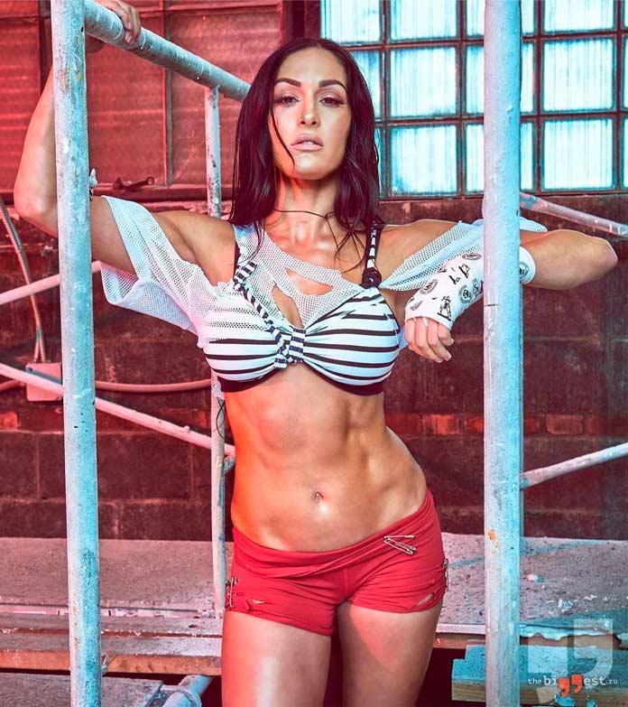 Nikki Bella - одна из самых горячих девушек WWE
