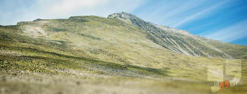 Самая высокая гора Урала: Народная. CC0